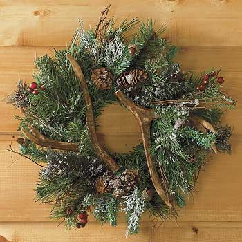 Holiday decorating with antlers for Antler christmas wreath
